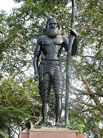 360px-Alluri_Sita_Rama_Raju_statue (1)