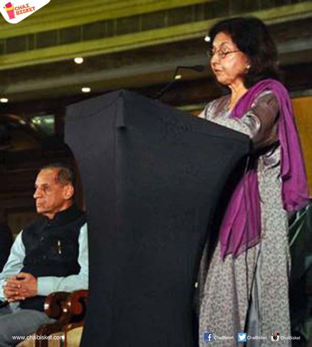 governer-e-s-l-narasimhan-and-eminent-writer-nayantara-sehagal-at-hlf-2016