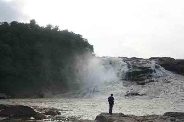 kuntala-waterfall