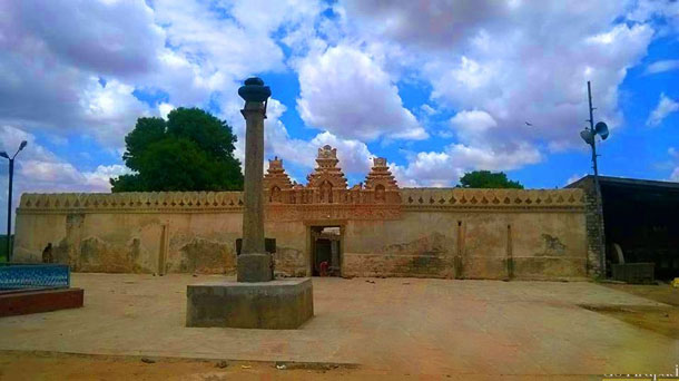 Siddheswara-Swamy-Hemavathi-copy