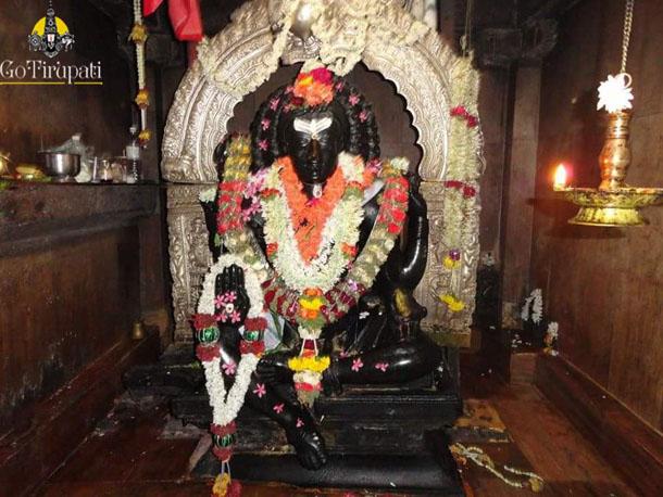 Siddheswara-Swamy-Hemavathi14-copy