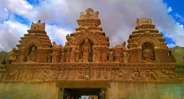 Siddheswara-Swamy-Hemavathi2-copy