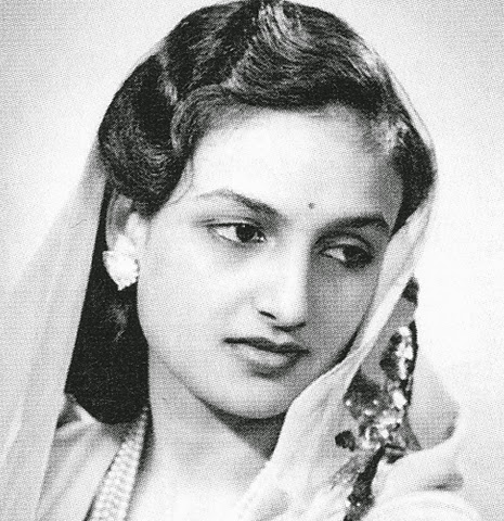 Mirzapuram Yuvarani Had A Daughter, And She Was One Of The